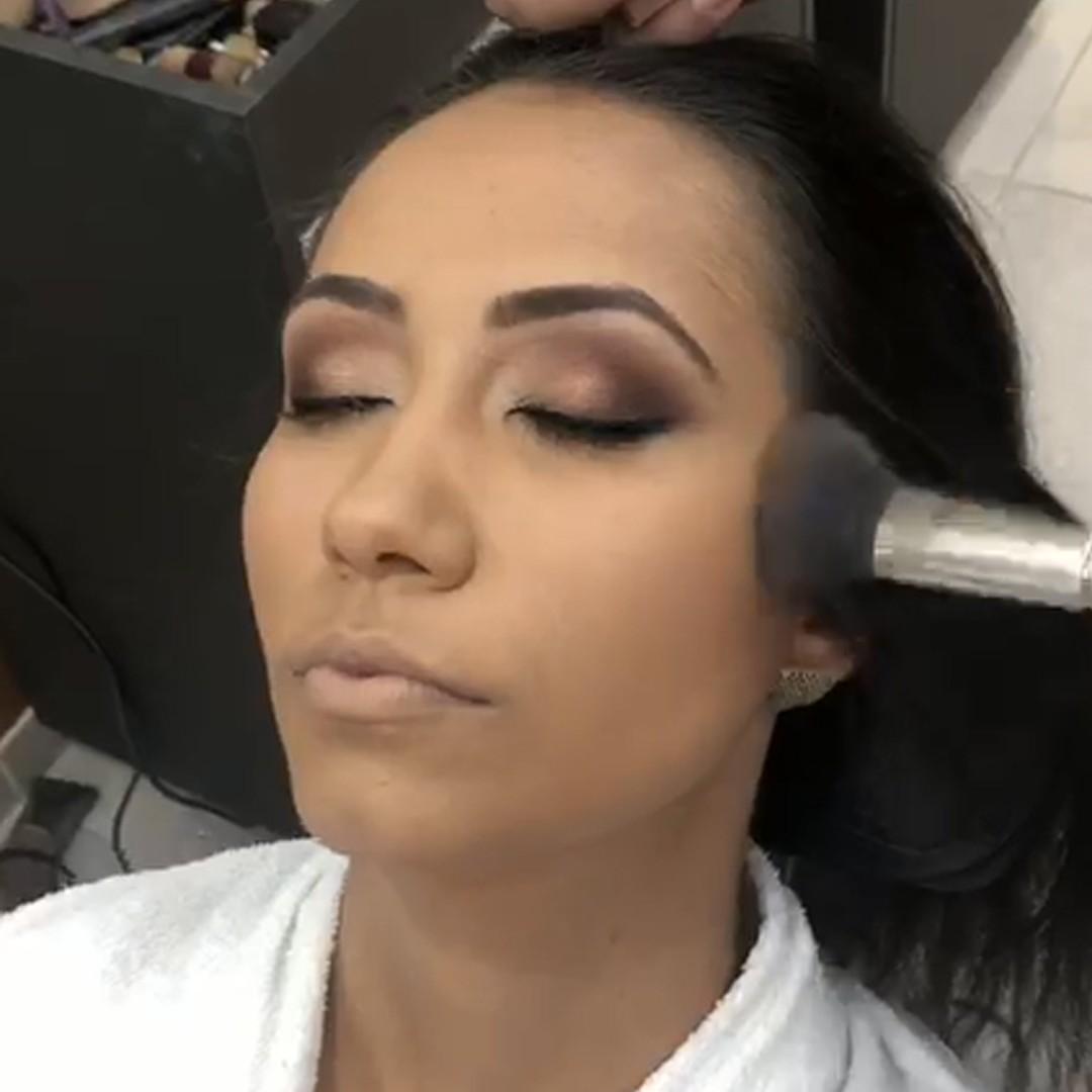 Uma maquiagem bem feita te deixa poderosa