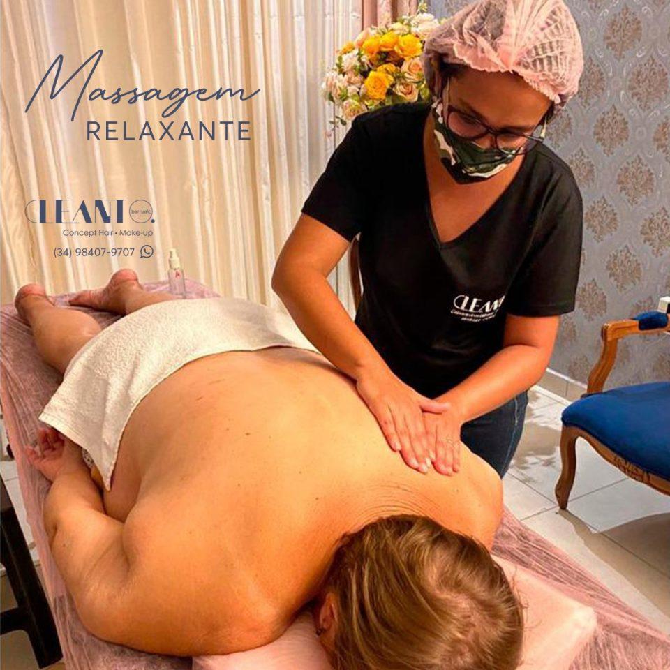 Massagem alivia seu estresse e relaxa os músculos de seu corpo